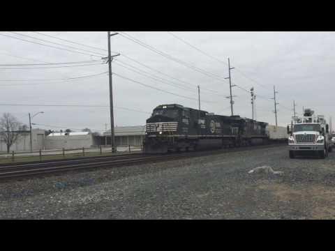 NS 9254 OLS Unit Flies Through Swanton, OH