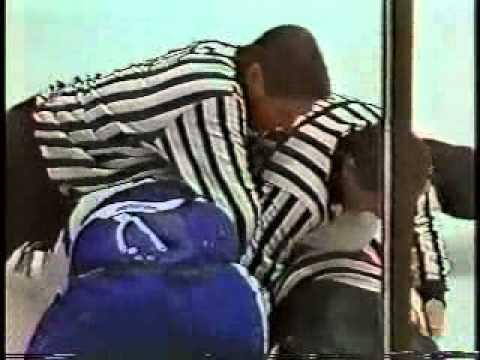 1989-90 - Blackhawks @ Maple Leafs - Todd Gill Great Hit on Doug Wilson
