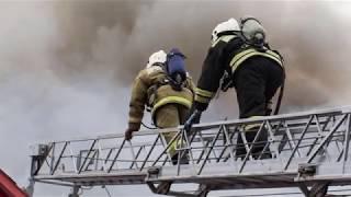 В Томске из-за пожара в жилом доме эвакуировали 70 человек