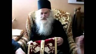 """""""Sfanta Tinerete Legionara""""- Parintele Iustin Parvu - 92 de ani."""