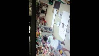 Lalaki nahuli sa cctv na tumusok ng pwet ng kapwa lalaki