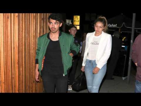 Taylor Swift Surprises Joe Jonas!