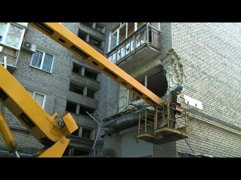 Violence continues in Donetsk as ceasefore looms