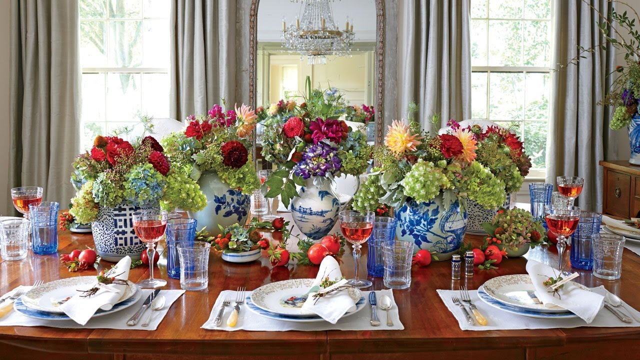 Traditional Thanksgiving Table Setting - YouTube