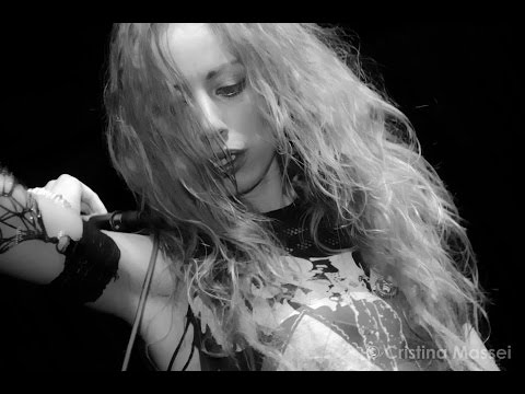 Healthy Junkies-Resistance (official video)