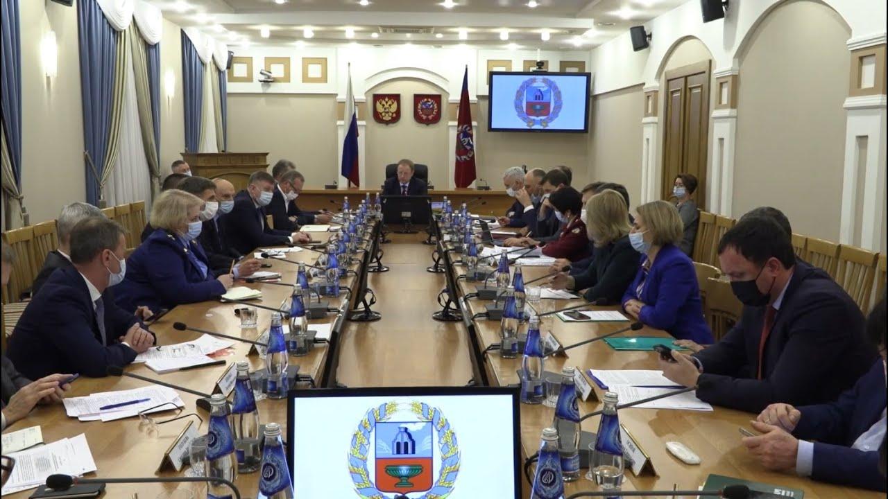 В Алтайском крае намерены ввести QR-коды при посещении объектов с массовым пребыванием людей