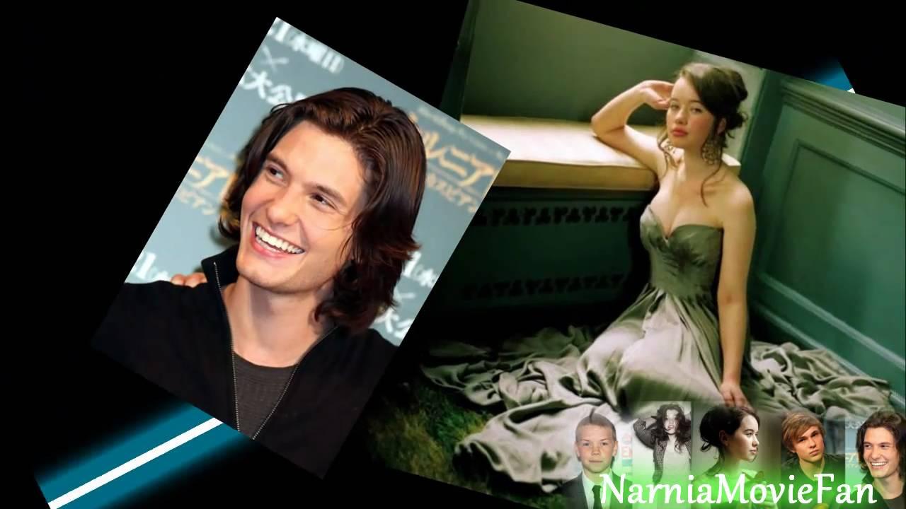 Narnia Cast Parachute Youtube
