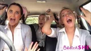 Девушки показали разные музыкальные эпохи в 14 песнях, не выходя из машины!