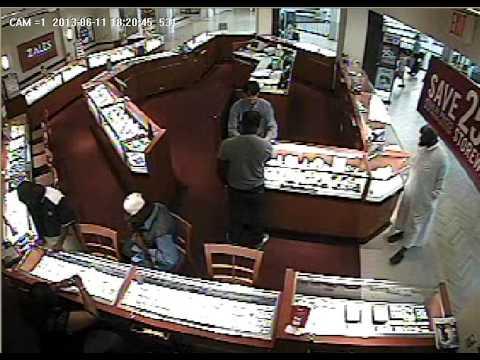 Zales Diamond Store Robbery, Perimeter Mall