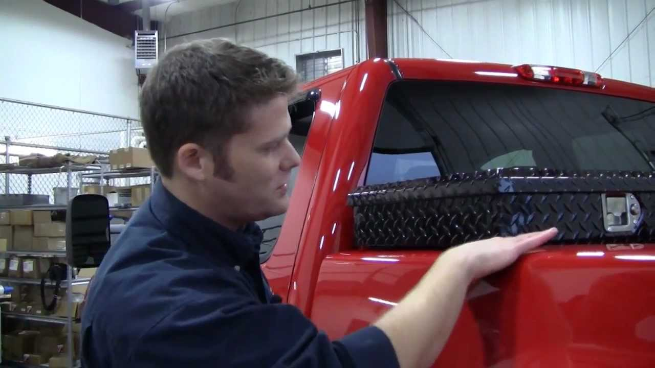 In The Garage With Total Truck Centers Uws Toolbox Youtube