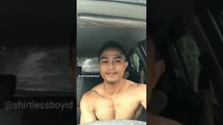 Pria Ganteng Straight Pamer Badan Bergoyang Di Dalam Mobil