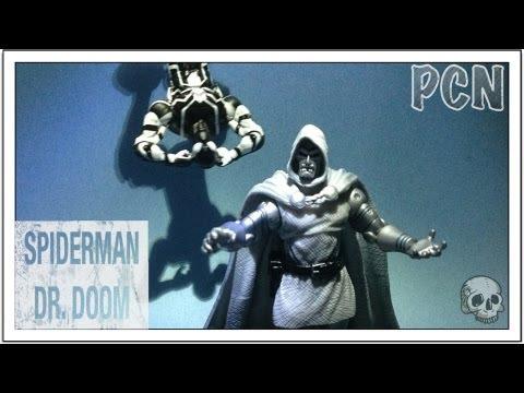 Marvel Universe Greatest Battles Comic Pack Black Costume Spiderman Dr Doom TRU