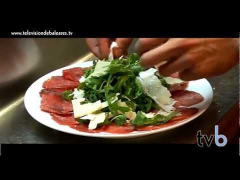 La forma perfecta de empezar a disfrutar de una comida en Diablito Portixol.Tvb. (Palma Mallorca)
