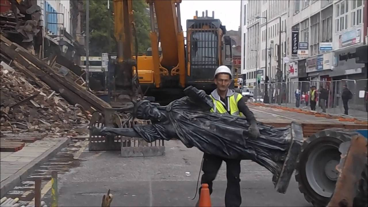 Statue Of Liberty Saved From Demolition On Lime Street Liverpool Friday 2 September 2016 Youtube