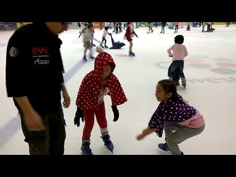 The first time of Ice Skating at Jurong East, Singapore by N&T Wonderland Channel.