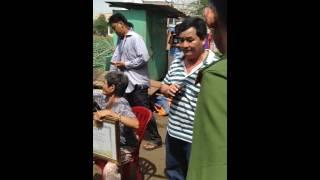 Chính quyền phường Bình Trị Đông, quận Bình tân cuõng chế nhà dân mà không có giấy phép. part 6