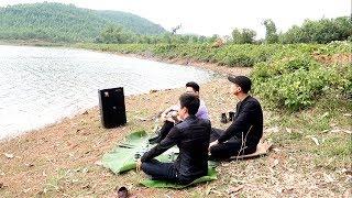 Đem loa ra bờ sông vừa nhậu vừa hát nhạc chế   Cho Bạn Vay Tiền   Vũ Hải
