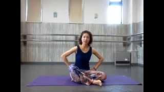AEON  イオン  カップ付きタンクトップ  口コミ 感想 着心地 ヨガウェア 工夫 普段着 ワンマイルウェア tanktop bratop yoga wear review