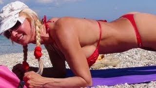 Hot Girl Bikini Workout   Stretching Exercises & Warming Up Muscles