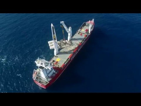 HHL Fremantle - Offshore installation of bioWAVE energy unit in Australia