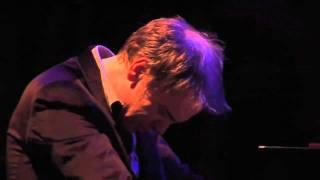 Tord Gustavsen Ensemble: Lay Your Sleeping Head My Love