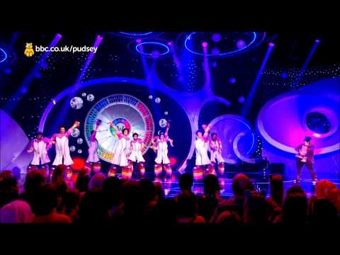 Charlie and the Chocolate Factory - Children in Need 2014 (HD)