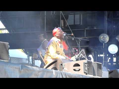Jimmy Cliff - Rivers Of Babylon - 2014 ACL Festival