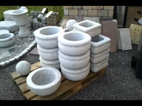 granitbrunnen granit brunnen mit s ule gartenbrunnen. Black Bedroom Furniture Sets. Home Design Ideas