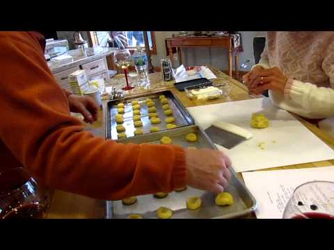 Part 2 Grandma making Kolache