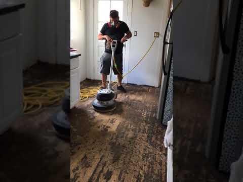 removing-asbestos-tar-paper-from-wood-floors