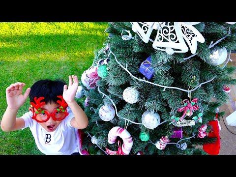 크리스마스 트리 만들기! 예준이의 크리스마스 트리 장식하기 크리스마스 쇼핑 하기 CHRISTMAS Tree Making Toy Shopping with Kids Song