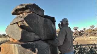 Namibia Musik auf Steinen.MTS