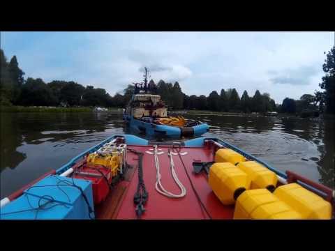 Anchor handling Maersk Master Hamburg 2015,  part 1