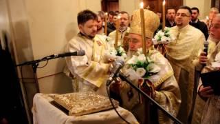 """Catedrala """"Sfânta Treime"""" din Arad, a primit Sfânta Lumină și anul acesta de la IERUSALIM"""