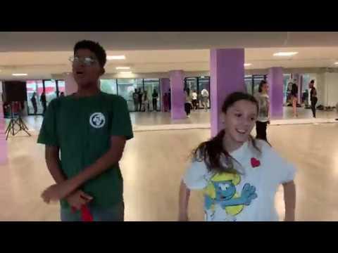 Master Trainer in Dance & Choreografen repeteren met GDC dansers!