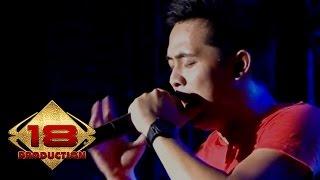 D'Bagindas - Hidup Tapi Mati   (Live Konser Karawang 28 September 2013)