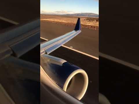 Delta Airlines Skywest takeoff Redmond (RDM) Flight to SeaTac Seattle (SEA)