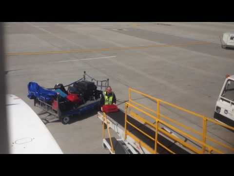 2017.06.11. London airport baggage service