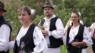 Descarca Felicia Costa si formatia Adi Ciote - Azi in sat ii mare nunta 2019