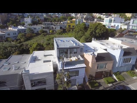 Revamping the San Francisco Vernacular, Modern Design and Technology Serves A Busy Family
