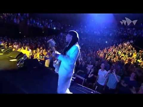 CHIC featuring Nile Rodgers - Sister Sledge - Medley - (Live At The House Sídney 2013) HD