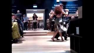 "Tango Argentino - ""Mariani"" Ravenna - Performance by Scuola Puro Tango"