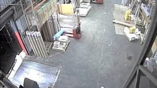 Repeat youtube video Man Crushed By Lorry in Salford