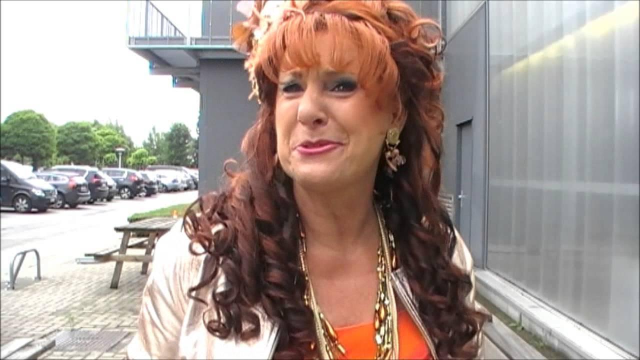 Interview Loes Van Den Heuvel Carmen Fc De Kampioenen