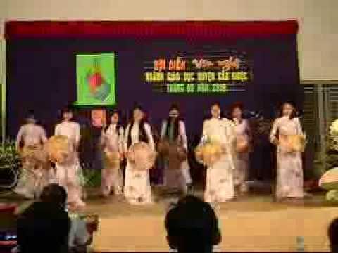 Mua Thuong Qua Viet Nam-Lop 11A1-Truong THPT Dong Thanh-Can Giuoc-Long An