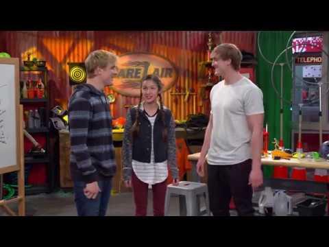 Paige Broke Dirk Bizaardvark Disney Channel Ft Logan Paul And Jake Paul Youtube