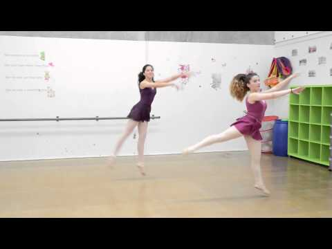 Stepnout Performing Arts Ballet Classes