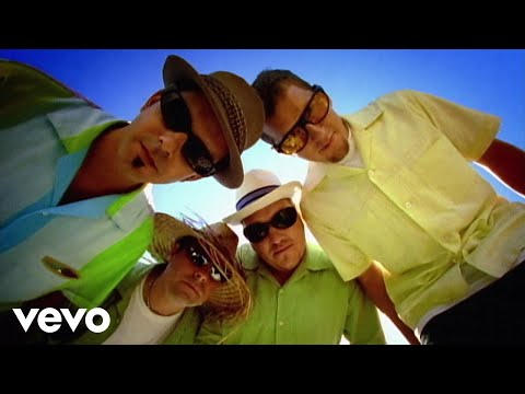 Smash Mouth - Walkin' On The Sun (Official Music Video)