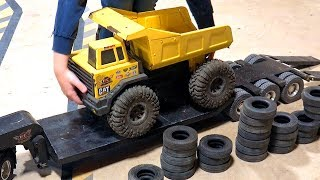 Father & Son Play W/ Trucks & Trailers - Maurice Wants To Try! | Rc Adventures