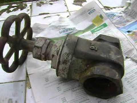 Antigua gran llave esclusa 2 78 youtube for Llaves para lavabo antiguas